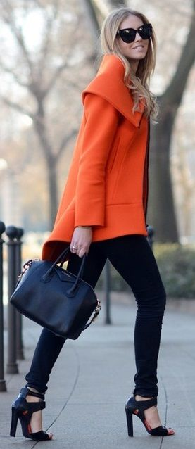 Marc Jacobs- Orange