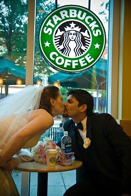 Starbucks Lovers: Incorporating Starbucks into Your Wedding Day Preparation - earlyivy.com