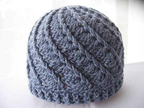 Spiral hat - free pattern - missneriss.com