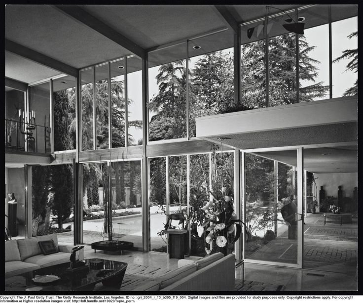Staude House - Valley Oak Drive, Los Angeles 1960 - Photo: Julius Shulman - Getty Research Institute