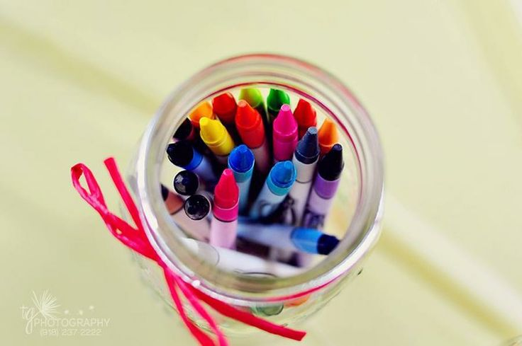 PUT CRAYONS IN MASON JARS