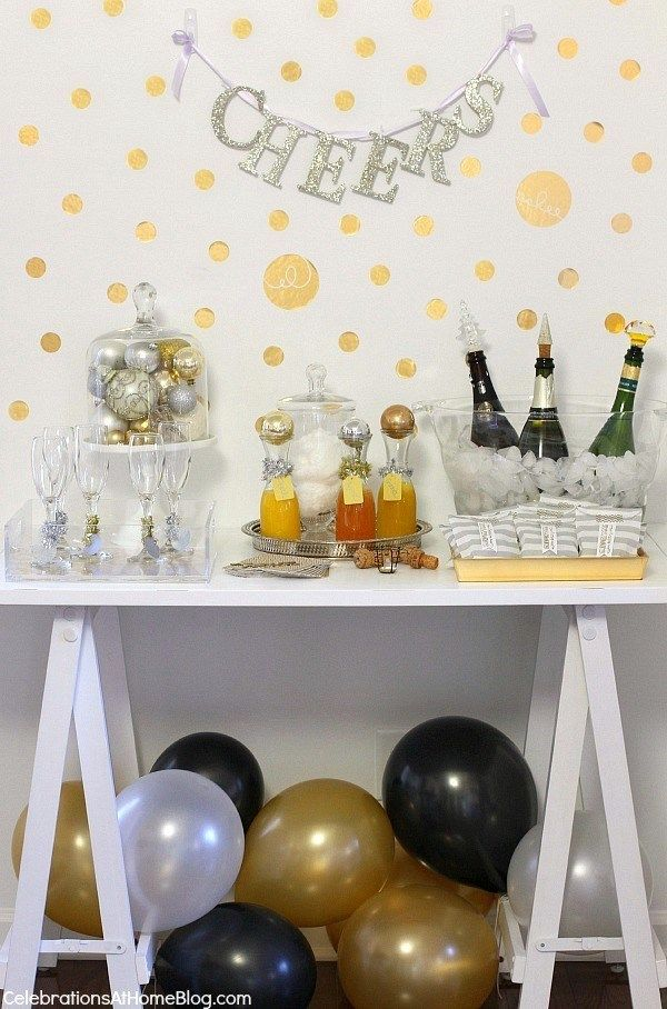 IDEAS FOR SETTING UP A BUBBLY BAR