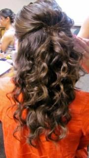 curly hair . wedding hair