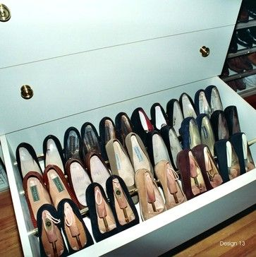 Drawer shoe storage