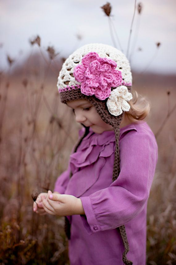 Granny hat with flower - missneriss.com