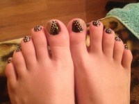 DIY Simple Toe Nail Design with Polka Dots. Two-Tone with ...