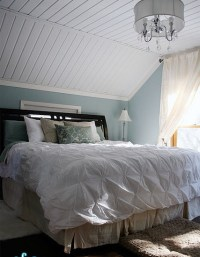 Decorating Bedrooms With Slanted Ceilings | myideasbedroom.com