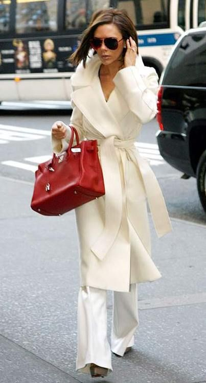 Victoria Beckham - and this is how you wear white after Labor Day!