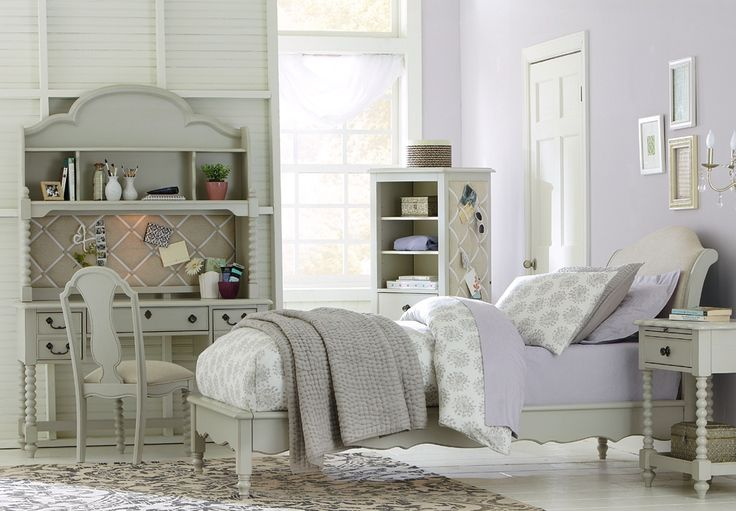 Such a pretty #bedroom from the Wendy Bellissimo collection   Schneiderman's #Furniture