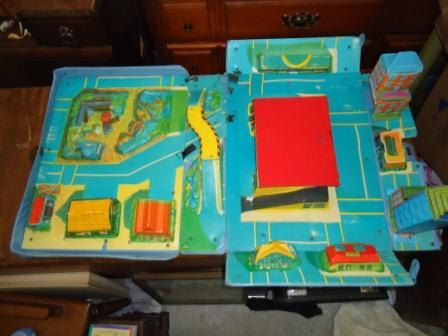 barbie kitchen playset sideboard vintage matchbox city 1970