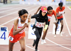 Oromo athlete, Genzebe Shumi Raggasaa is Golden girl in 800m http://www.gulf-daily-news.com/NewsDetails.aspx?storyid=353849