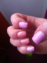 Light pink and light orange gel nails | Gel nails by Erika ...