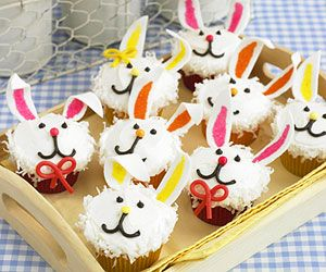 bunny cupcakes from parents magazine  http://www.parents.com/holiday/easter/recipes/delicious-spring-desserts/?page=14