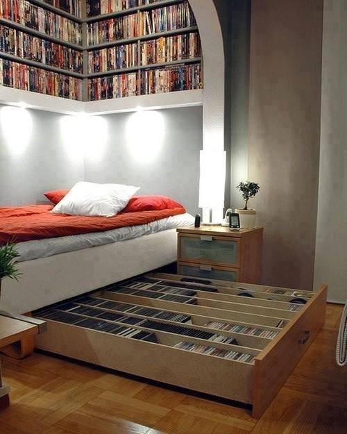 For the big book fans :) That would be me. I think this is amazing! sleeping with books above and below you.