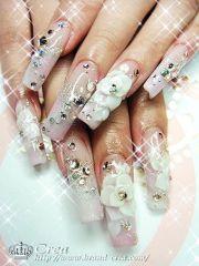 extreme bling bridal nail