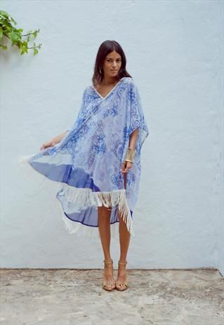 Street Style: Kaftans – Margaret Elizabeth