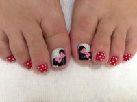 Minnie Mouse toe nails | Nails | Pinterest