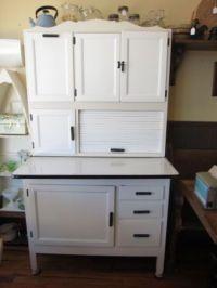 Restored vintage Hoosier cabinet with flour bin & metal ...