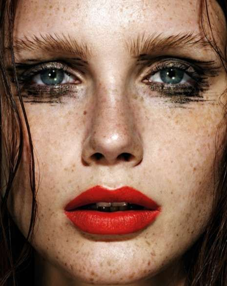 Mesmerizing Metallic Makeup - This TopShop Grazia Photo Shoot is a Burnished Beautorial (GALLERY)