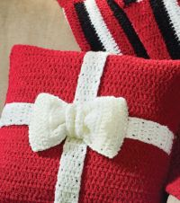 Present Crochet Pillow | Crochet | Pinterest