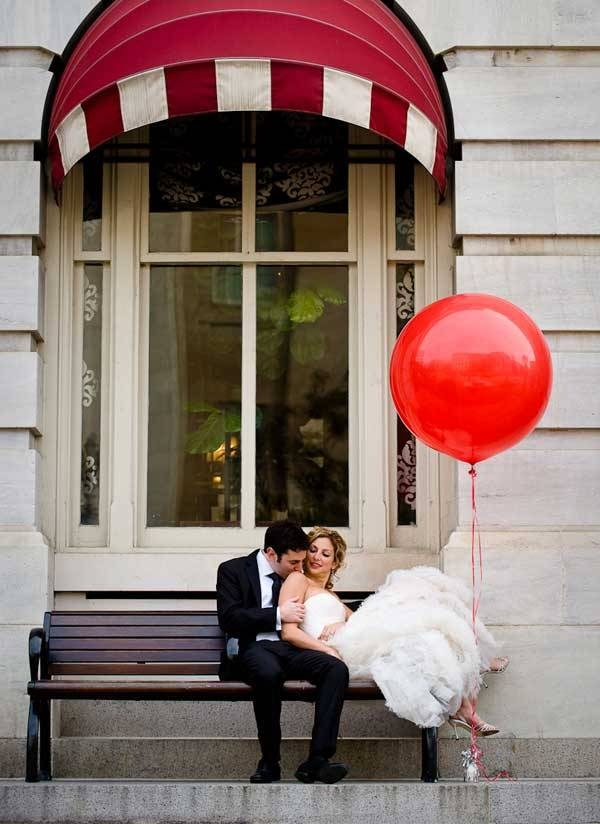big red balloon and wedding photo