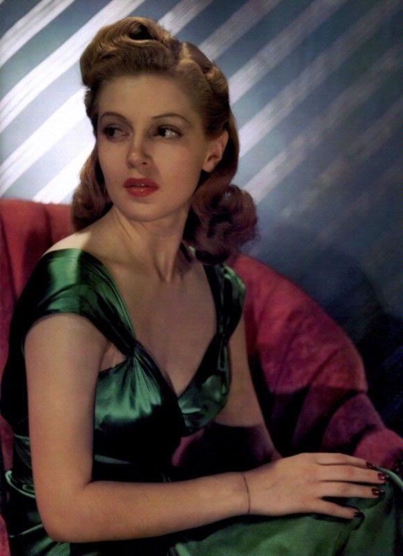 1940s Hairstyles Updos. Wedding hair?