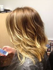 wavy bob with ombre
