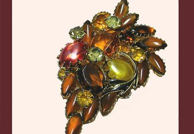 Brooches Pins Vintage Costume Jewelry From Let S Get Vintage