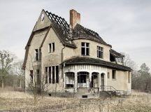 abandoned farm house | BOARD PINS - ABANDONED | Pinterest