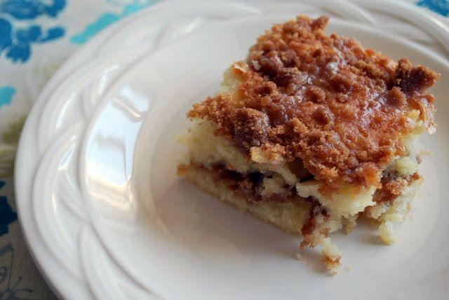 sour cream crumb cake kelseys recipes pinterest