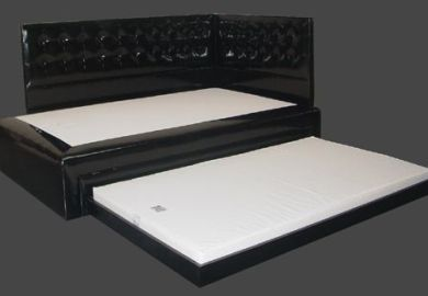 Black Queen Bed With Trundle