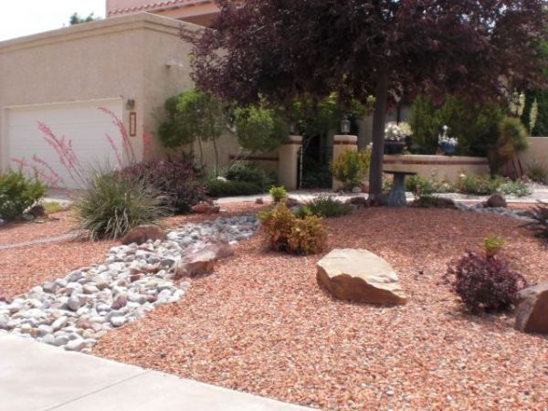 xeriscape landscaping front yard