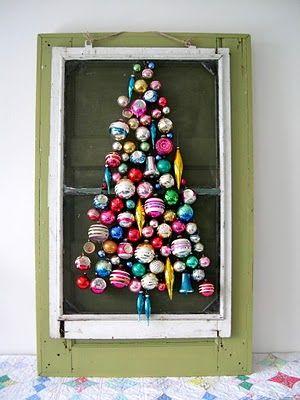 Christmas ornament tree - love this!