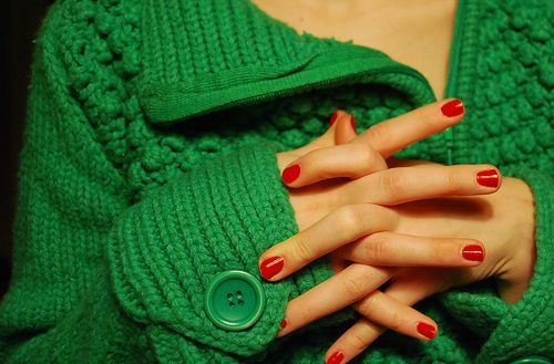 I'm desiring this green sweater!