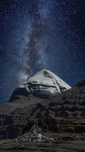 This is beastly! Milky Way over the sky of Tibet