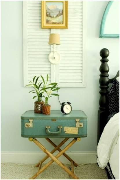 <3<3<3 guest room nightstand