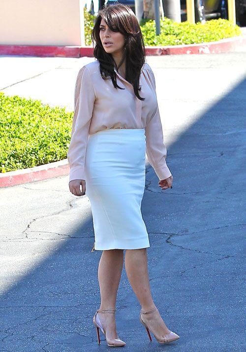 Pregnant Kim Kardashian in Los Angeles on March 12, 2013