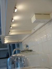 Outlets mounted under cabinet | Kitchens | Pinterest