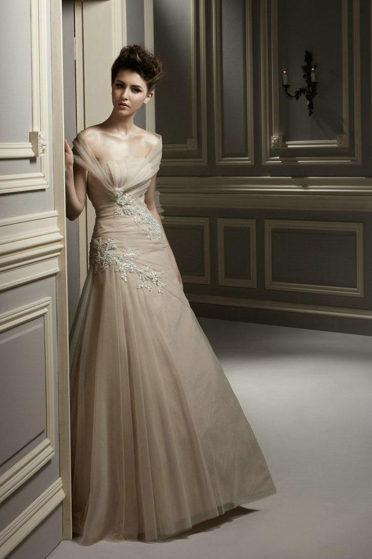 Floor Length Ruched Strapless Appliques Elegant Beaded Champagne Wedding Dresses Online