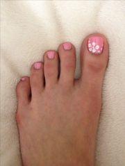 pretty toe nail polish