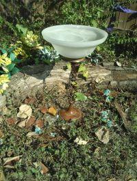 lamp bird bath/feeder/table | Lamp Bird Baths | Pinterest
