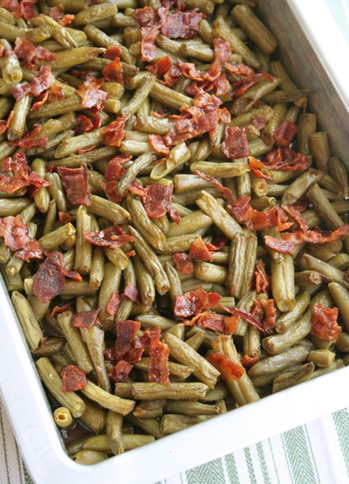 This would be a greaf #Thanksgiving side dish!!    THESE ARE SOOOOO GOOD!!!!!!Arkansas Green Beans - 5 (15-ounce) cans green beans, drained, 12 slices bacon, 2/3 cup brown sugar, 1/4 cup butter, melted, 7 teaspoons soy sauce,1 1/2 teaspoons garlic powder