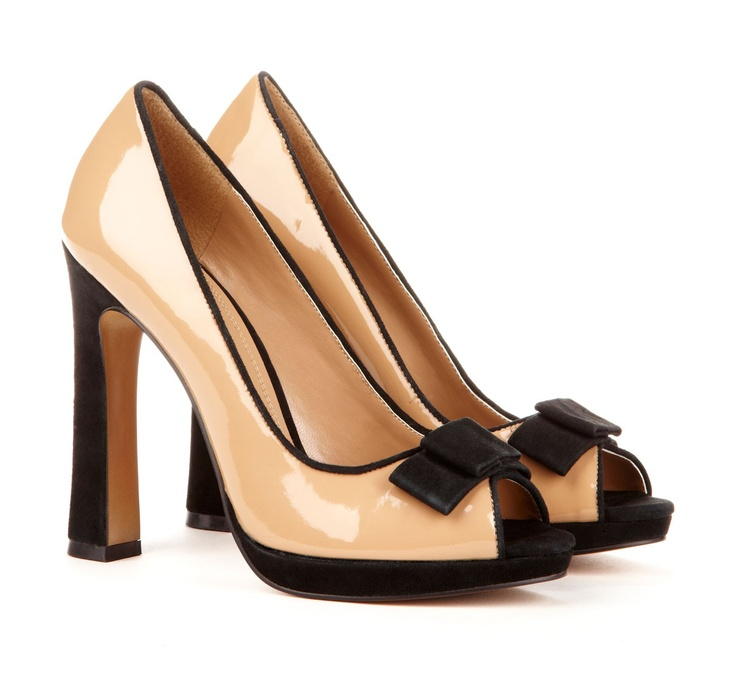I love this heel