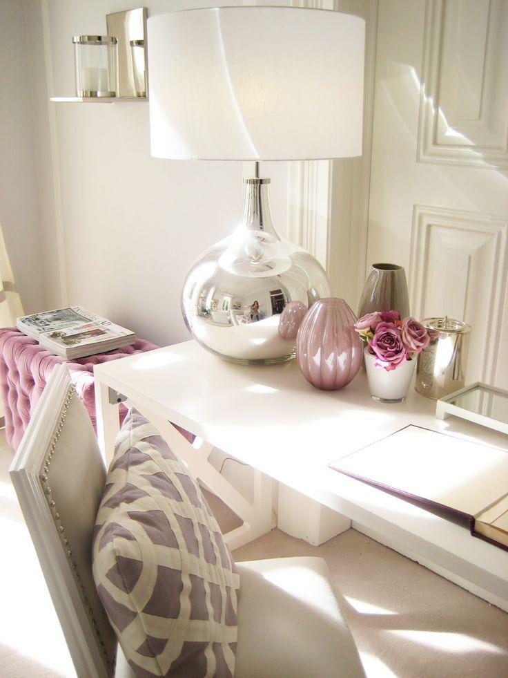 light romantic home office