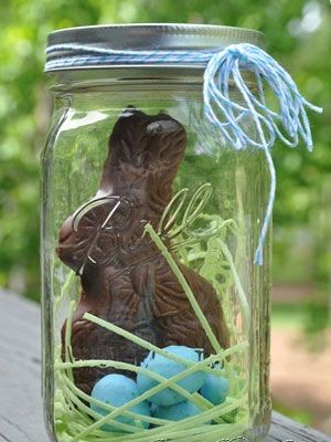 Click pic for 40 Easter Gifts in a Jar - Easter Candy - Homemade Gifts in a Jar