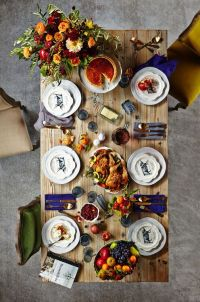 Pinterest Picks - A Colorful Thanksgiving Table
