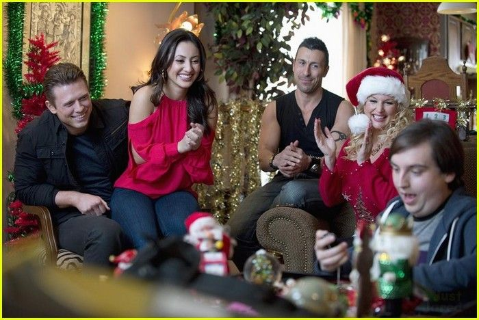francia raisa christmas bounty pics 04