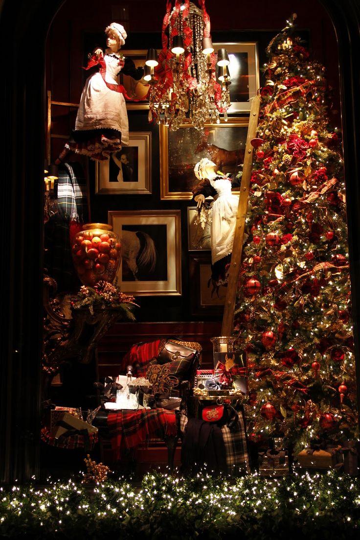 Magnificent Christmas Tartan store window! Very Ralph Lauren.