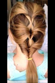topsy tail hairstyle branching