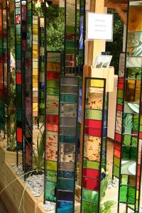 Pin by GardenDrum on Mirrors and glass in the garden